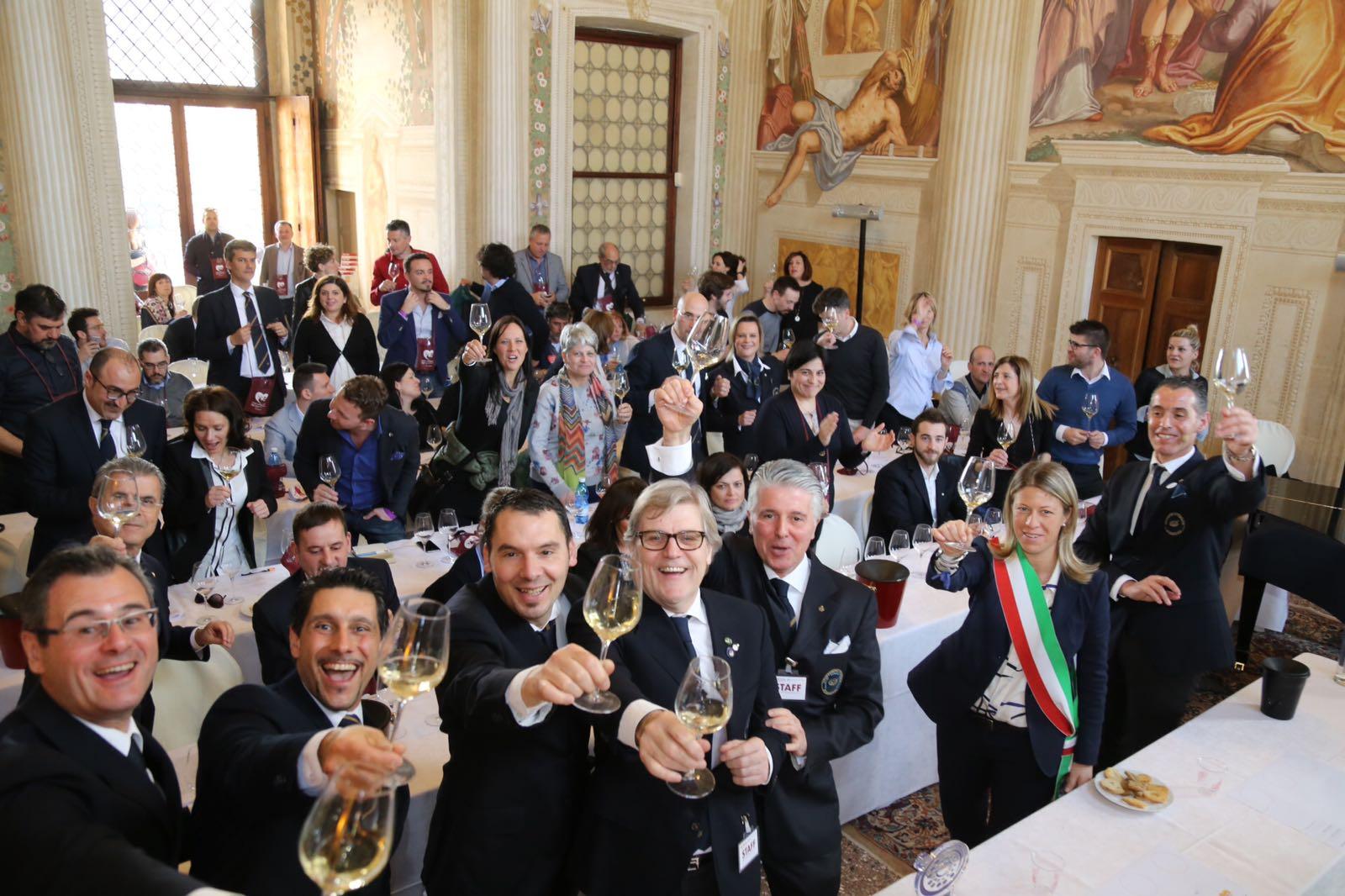Ais Veneto: fra vino e note la passione è senza confini